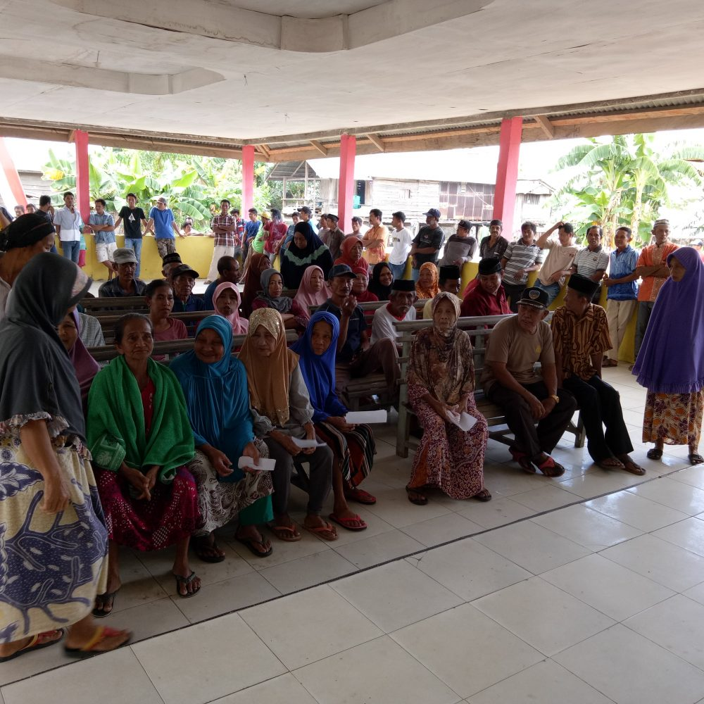 dialog dengan masyarakat desa